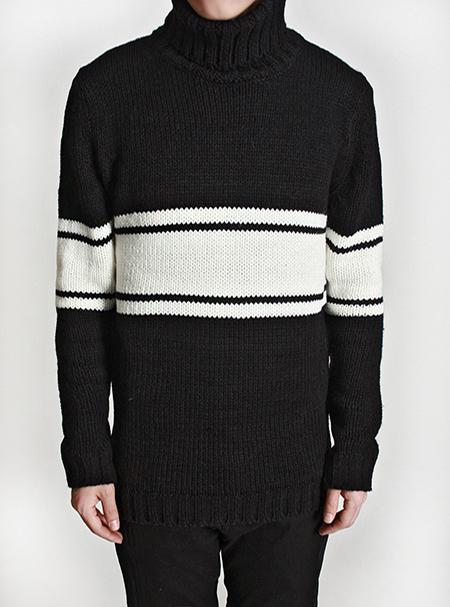 turtle-neck knit