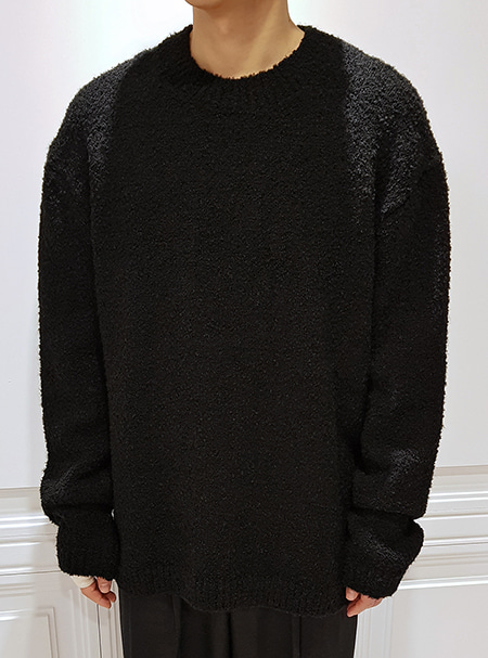 round neck loose knit - black