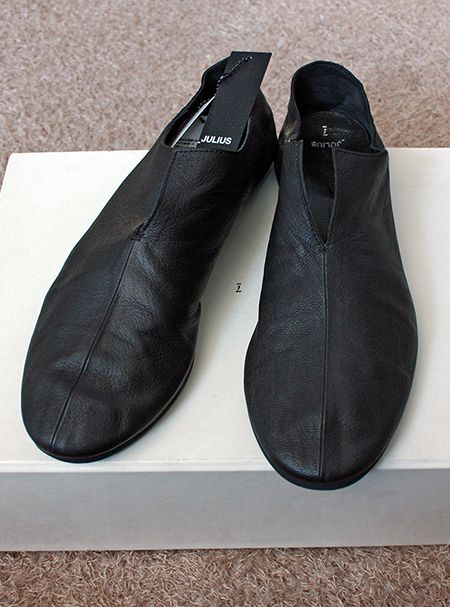 julius SPLIT SLIP - ON